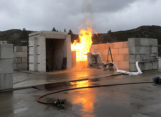 The new jet fire test facility as such can deliver the highest jet fire loads in the world and has been developed in close collaboration with industry partners.